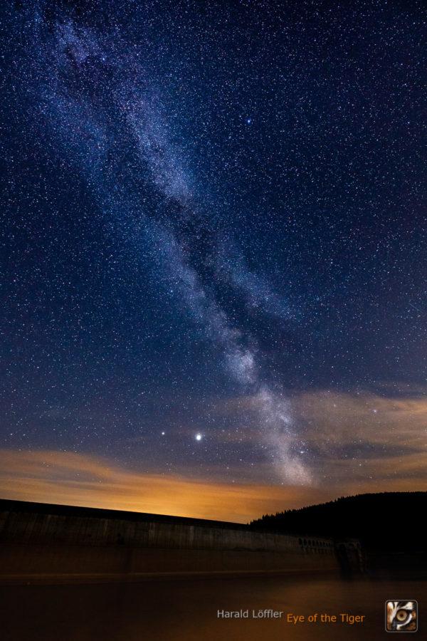 20200722 HLA 2252 600x900 - Die Welt bei Nacht